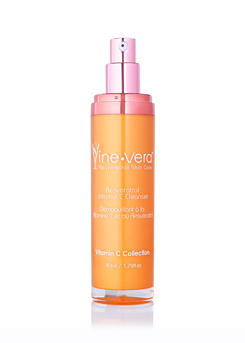 Vine vera Resveratrol Vitamin C Cleanser with its lid removed